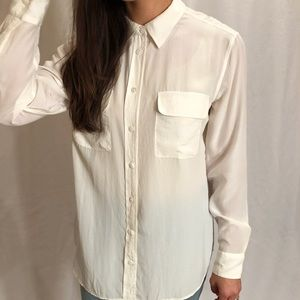 Equipment 100% silk button front, long sleeve, szL